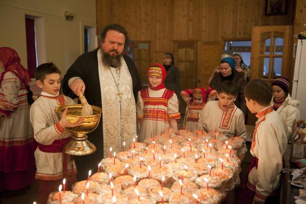 пасха, кулич, освящать, церковь