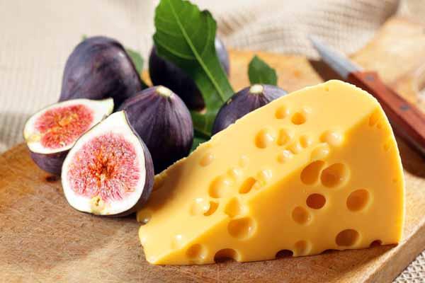 дырки, сыр, откуда
