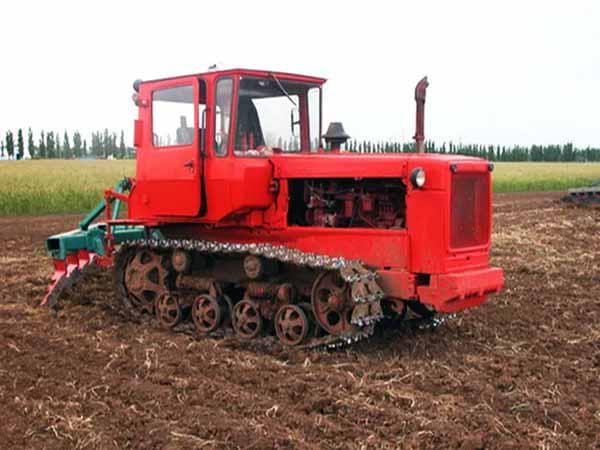 трактор, гусеница